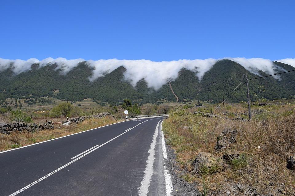 Passat Clouds, Fog, Clouds, Mountains, Road, Asphalt