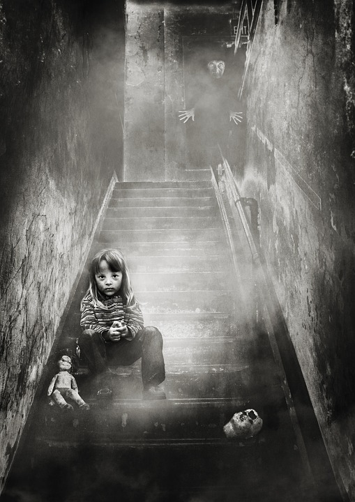 Image Manipulation, Girl, Doll, Stairs, Old Woman, Fog