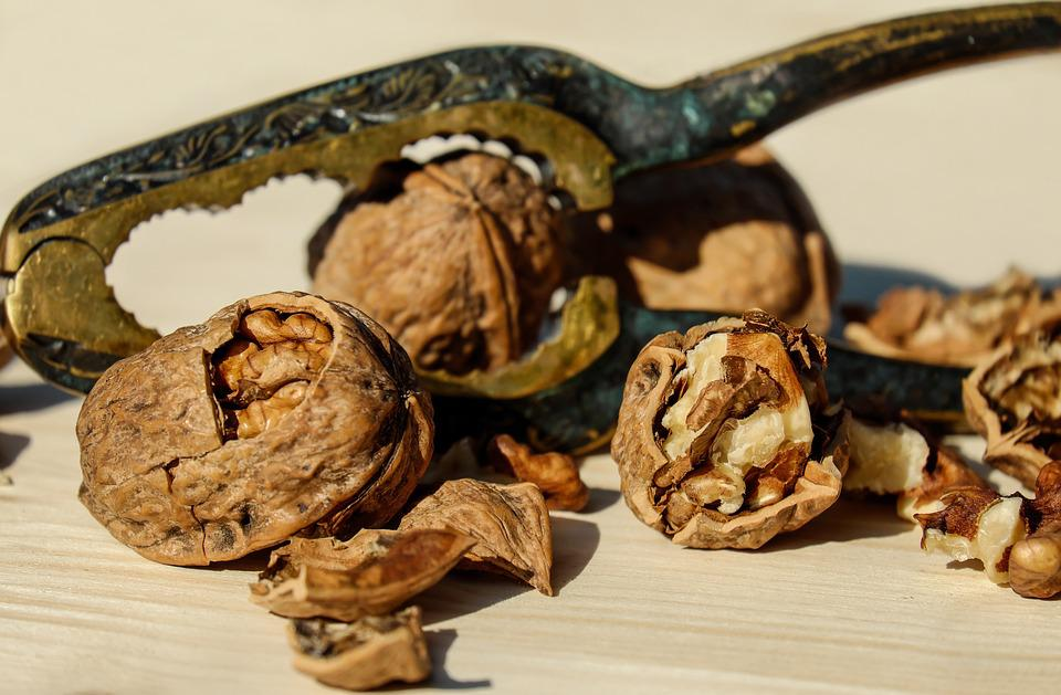 Walnut, Nut, Brown, Fruit Bowl, Food, Healthy