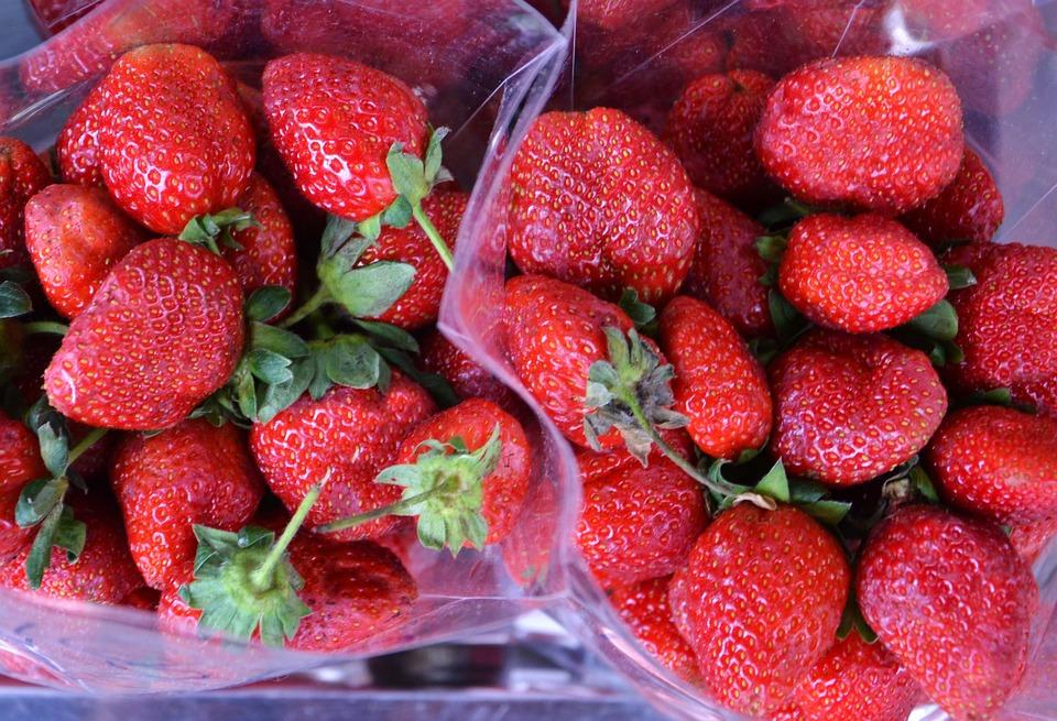 Strawberries, Punnet, Red, Fruit, Food, Fresh, Ripe