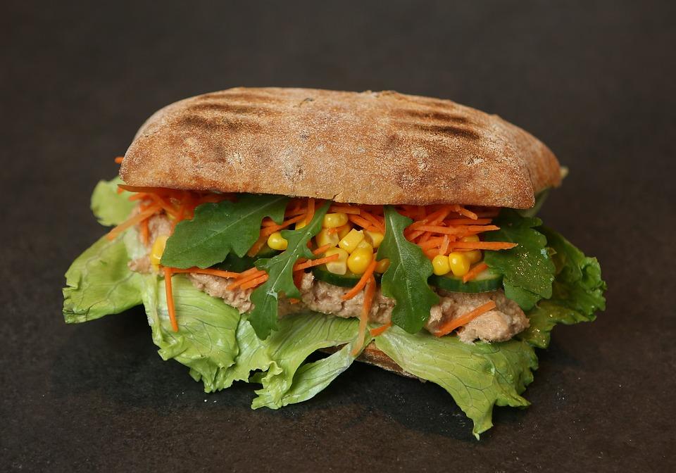 Sandwich, Tuna, Salad, Corn, Carrots, Strips, Food