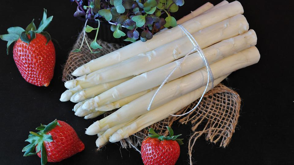 Asparagus, Strawberries, Spring, Market, Food, Garden