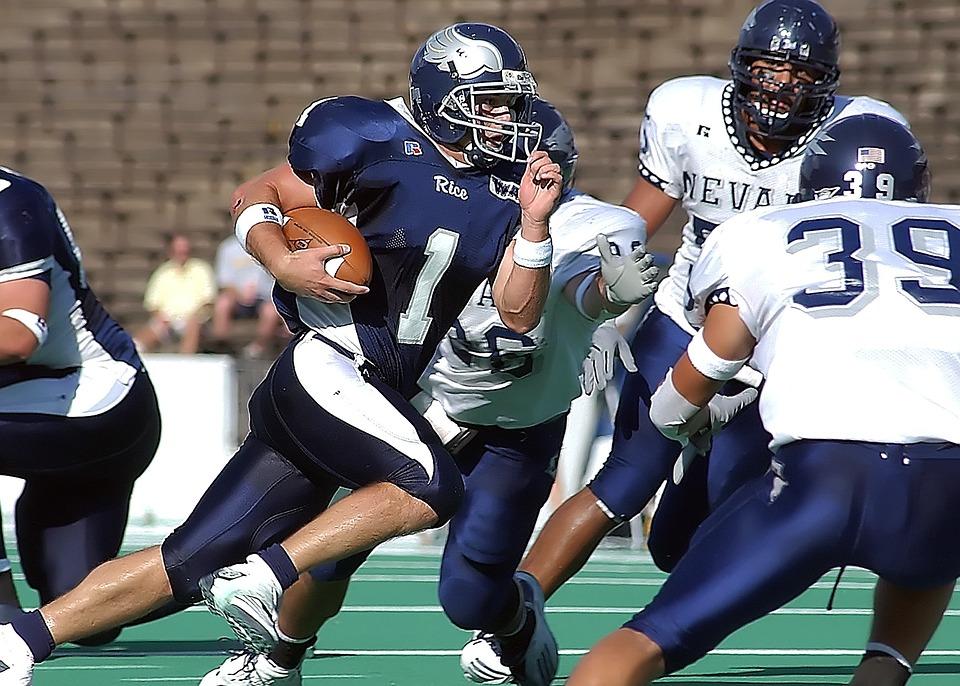 Football, Quarterback, Running Back, Action, American