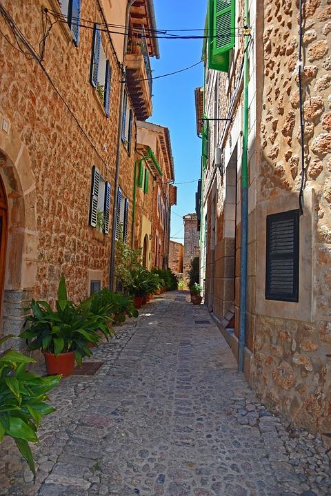 Fornalutx, Mallorca, Alley
