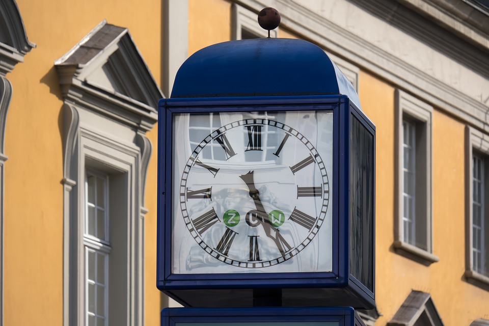 Clock, Time, Time Of, Mirroring, Reflection, Forward