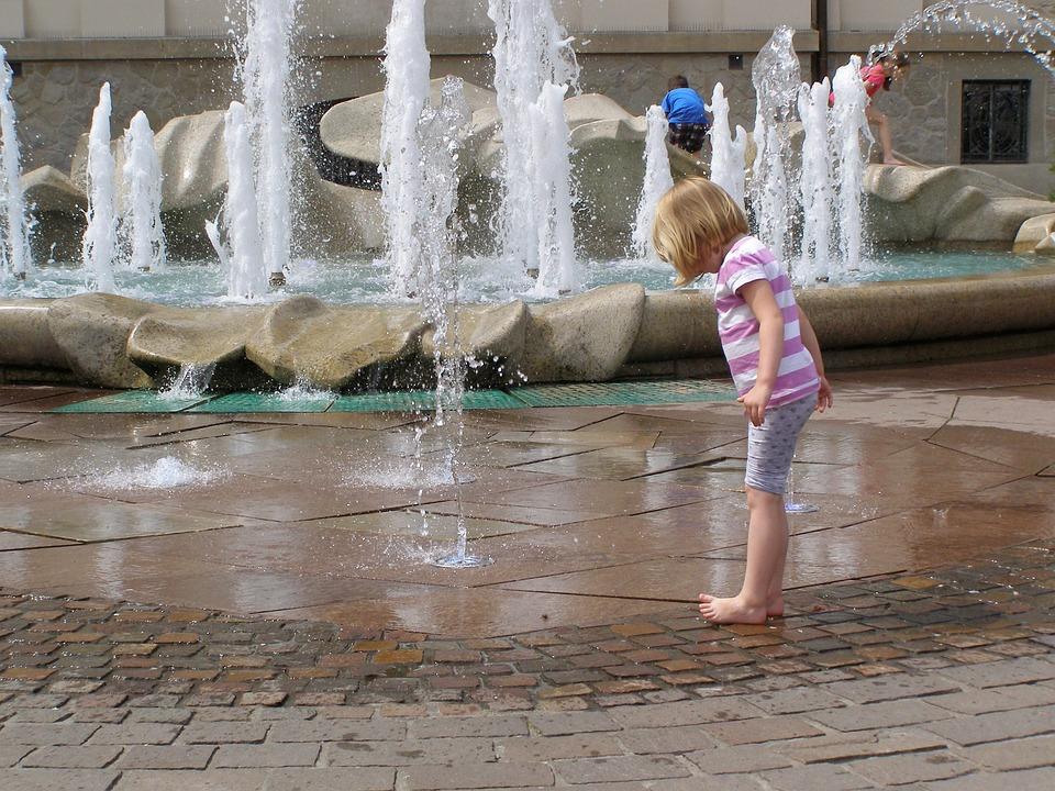 The Little Girl, Fountain, Child, Fun, Joy, Curiosity