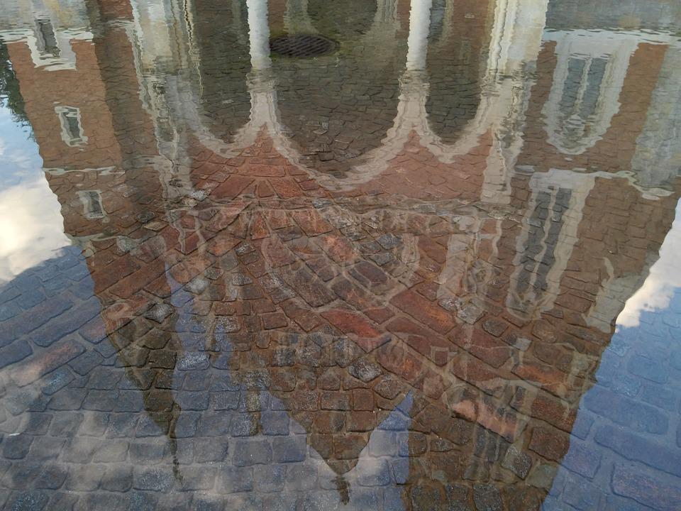 Mirroring, Water, Paving Stones, Fountain, Graz, Church