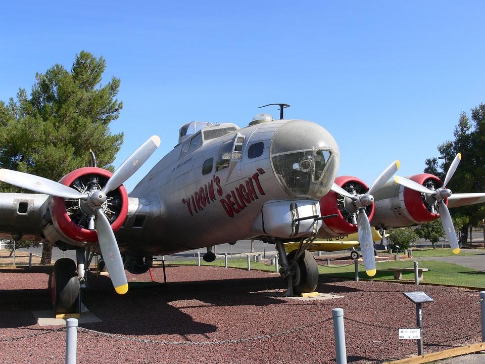 Boeing B-17g Flying Fortress, Four-motor Locomotive