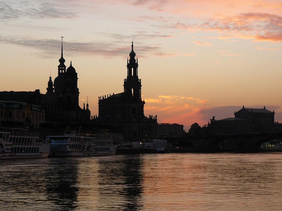 Dresden, Elbe, Paddle Steamer, Frauenkirche, City