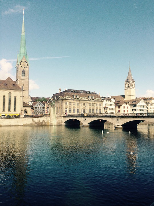 Zurich, Limmath, River, Fraumünster, St Peter's Church