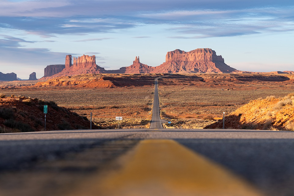 Monument Valley, Desert, Road, Highway, Freeway, Route