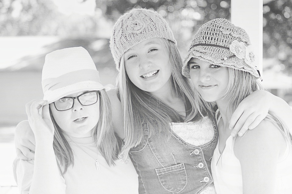 Friends, Girls, Friendship, Portrait, Smile, Hats