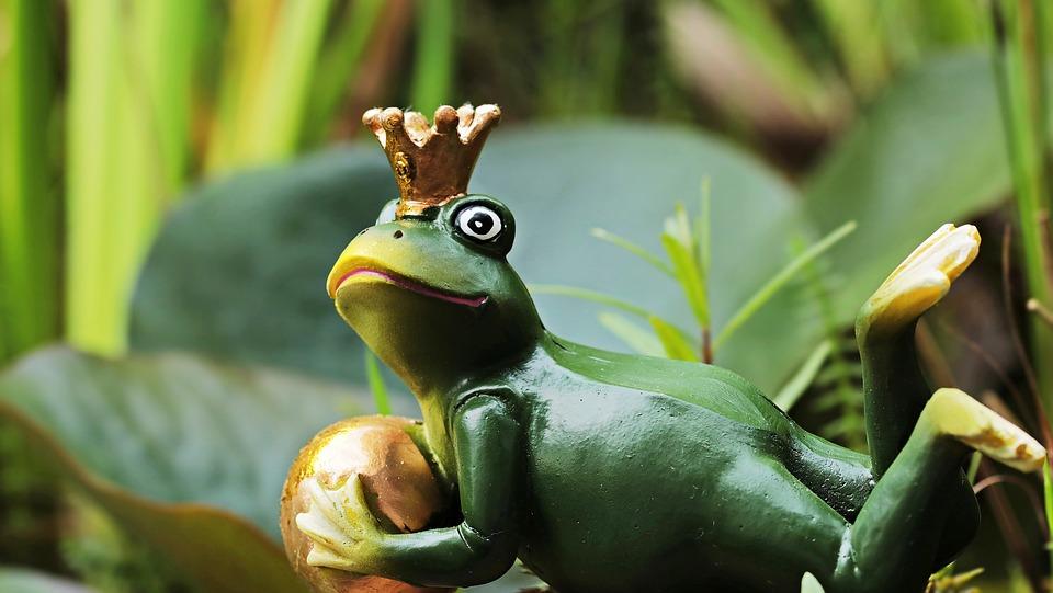 Frog Prince, Frog, Frog Figure, Figure, Crown