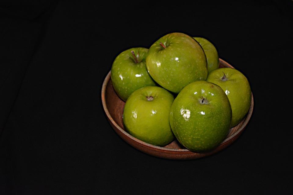 Apples, Fruit, Fruit Trees, Tree, Power, Flavor