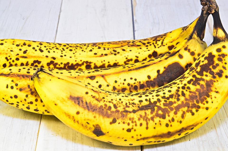 Banana, Ripe Banana, Fruit, Healthy Food, Lean, Eating