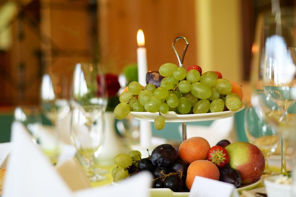 Grapes Fruit Buffet Table Setting Wedding & Free photo Fruit Wedding Table Setting Grapes Buffet - Max Pixel