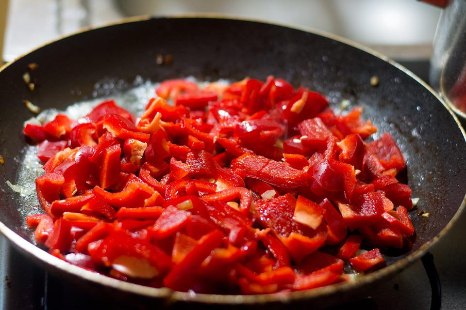 Paprika, Frying, Frying Pan, Kitchen, Cook, Cooked