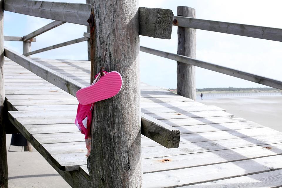 Flip Flops, Pink, Beach, Fun Bathing, Sea, Sun, Sand