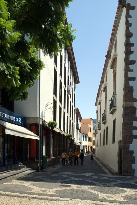 Madeira, Funchal, Alley
