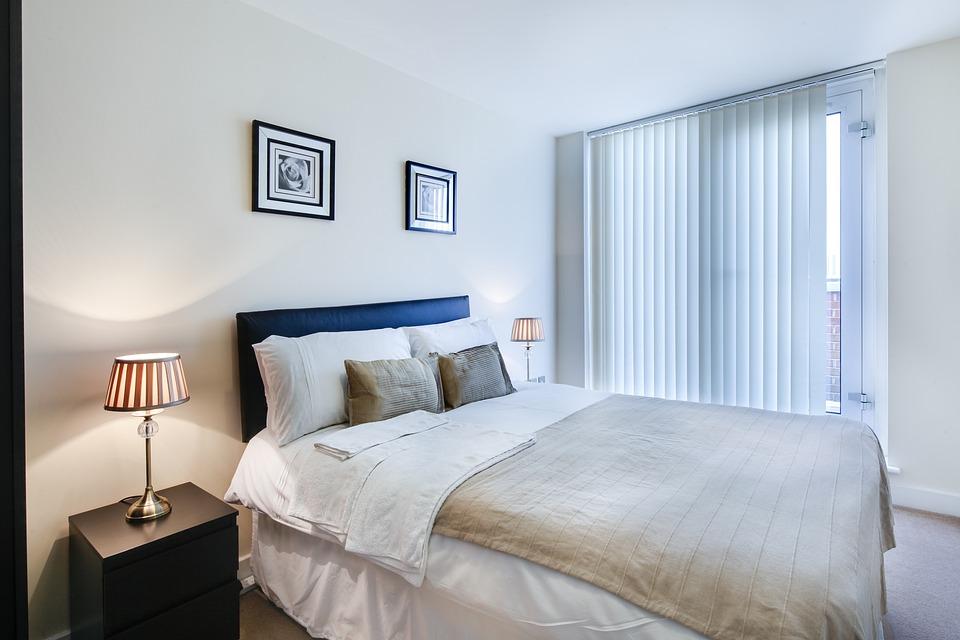Bedroom, Bed, Room, Hotel, Blanket, Furniture, Bedding