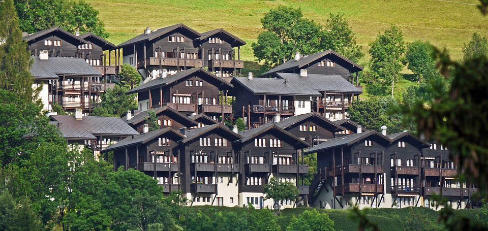 Valais Cottage Settlement, Gabled Houses