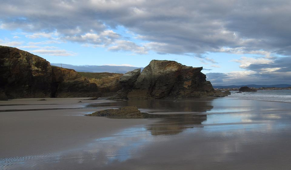 Playa Catedrales, Cathedrals Beach, Galicia, Spain