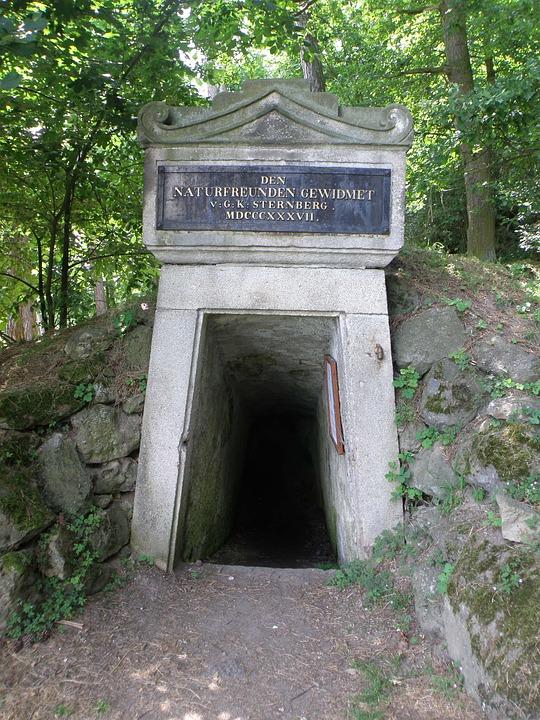 Entrance, Gallery, Chamber Hůrka, Bohemia
