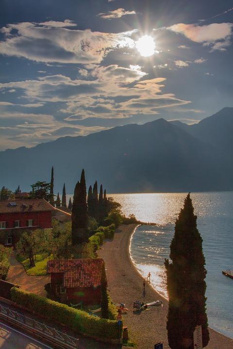Italy, Garda, Lake, Malcesine, Bank, Landscape, Holiday
