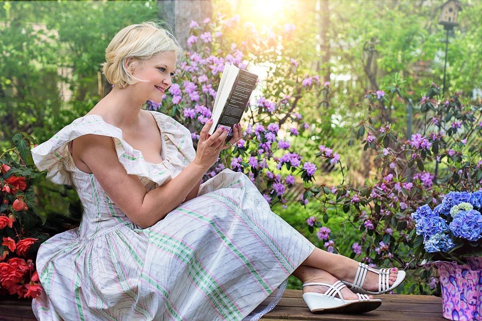 Reading, Woman, Garden, Outside, Outdoors, Pretty