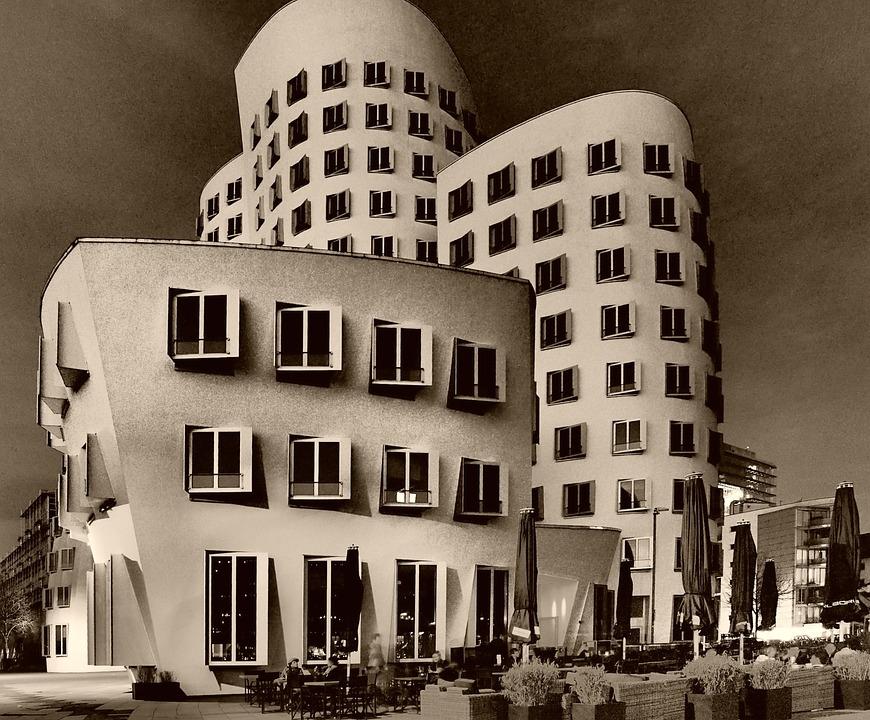 Düsseldorf, Media Harbour, Gehry Buildings