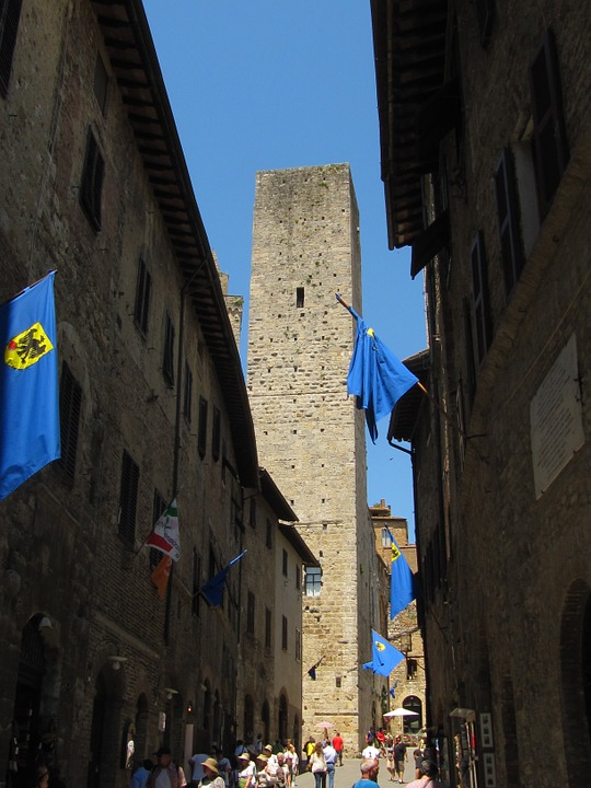 San Gimignano, Gender Tower, Historically, Old Town