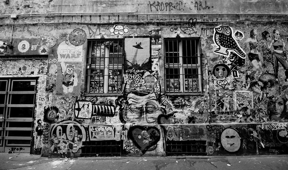 Hotels In Berlin, Germany, Graffiti, Wall, Pub, Museum