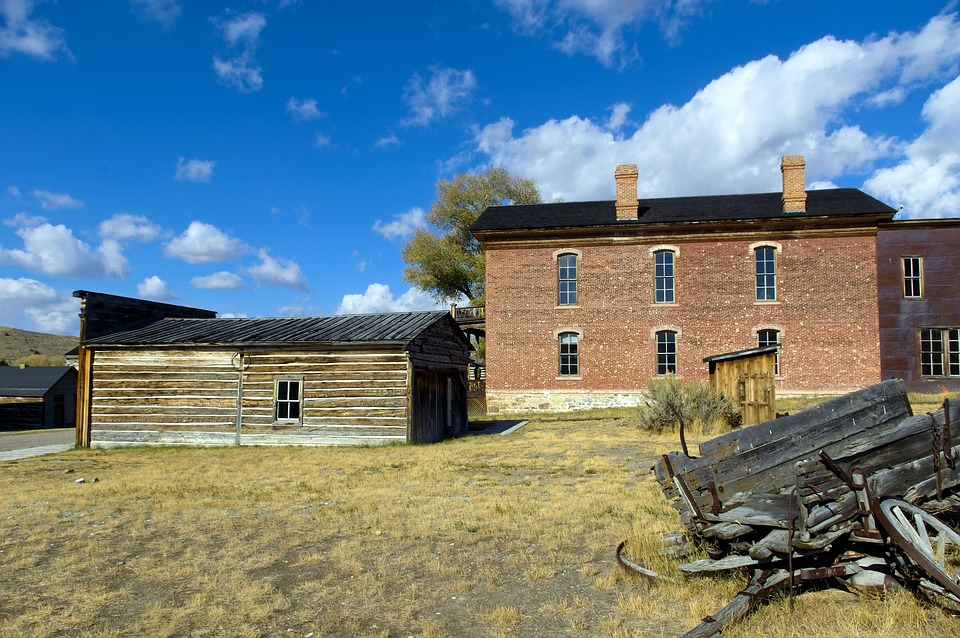 Hotel, Saloon And Wagon, Ghost, Town