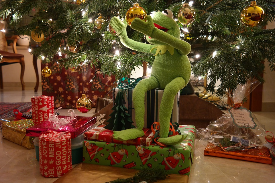 Free photo Gifts Made Kermit Green Christmas Frog - Max Pixel