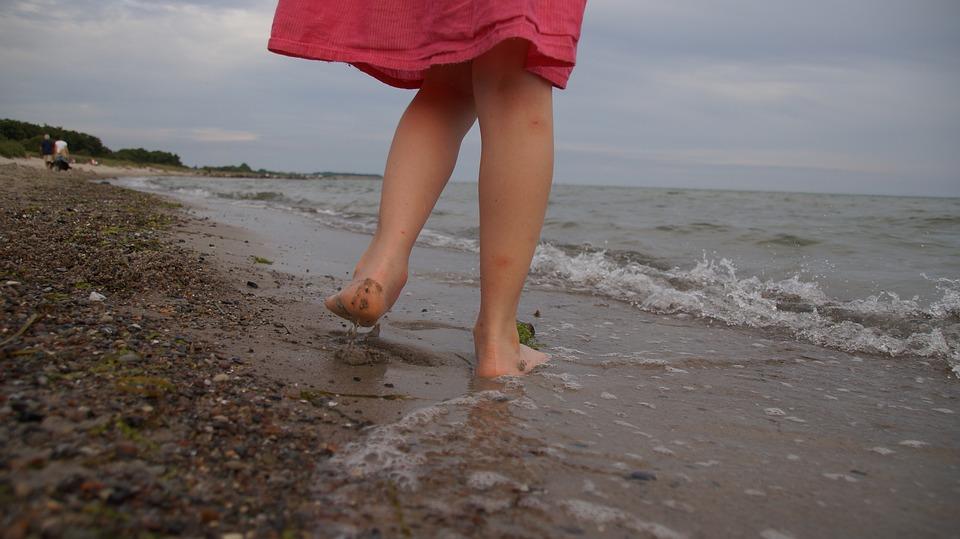 Girl, Beach, Barefoot