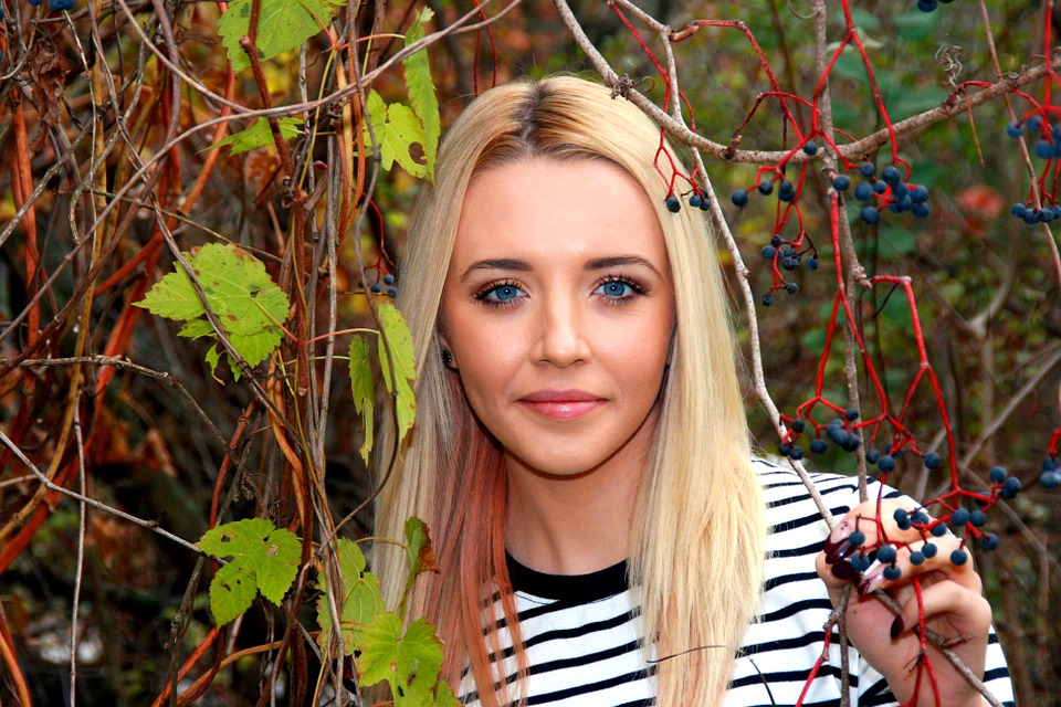 Girl, Portrait, Blue Eyes, Blond, Leaf, Beauty, Smile