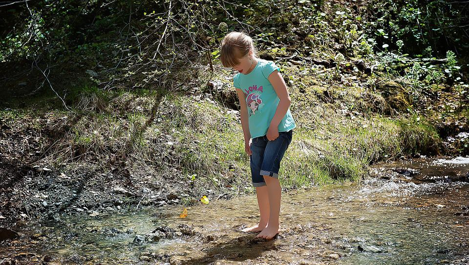 Child, Girl, Barefoot, Bach, Water, Cold, Butterflies
