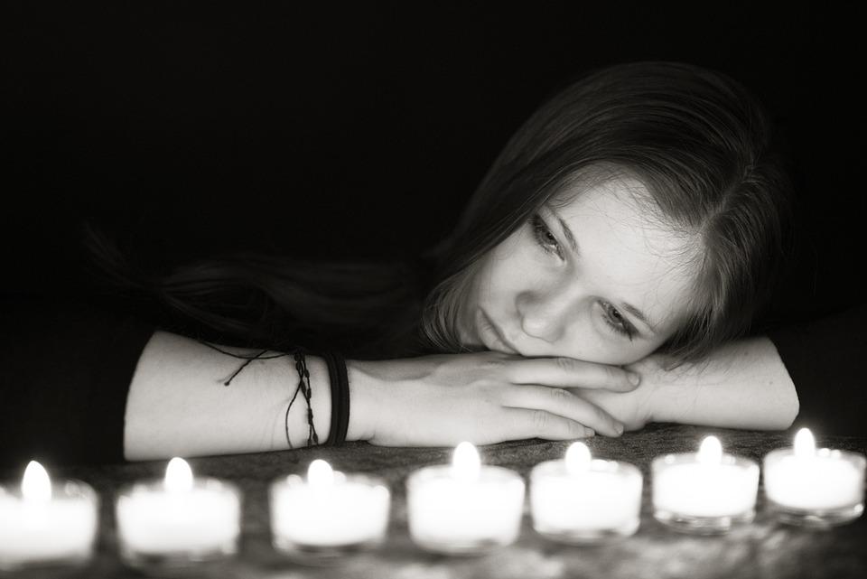 Light, Candles, Dark, Woman, Girl, Romantic, Romance