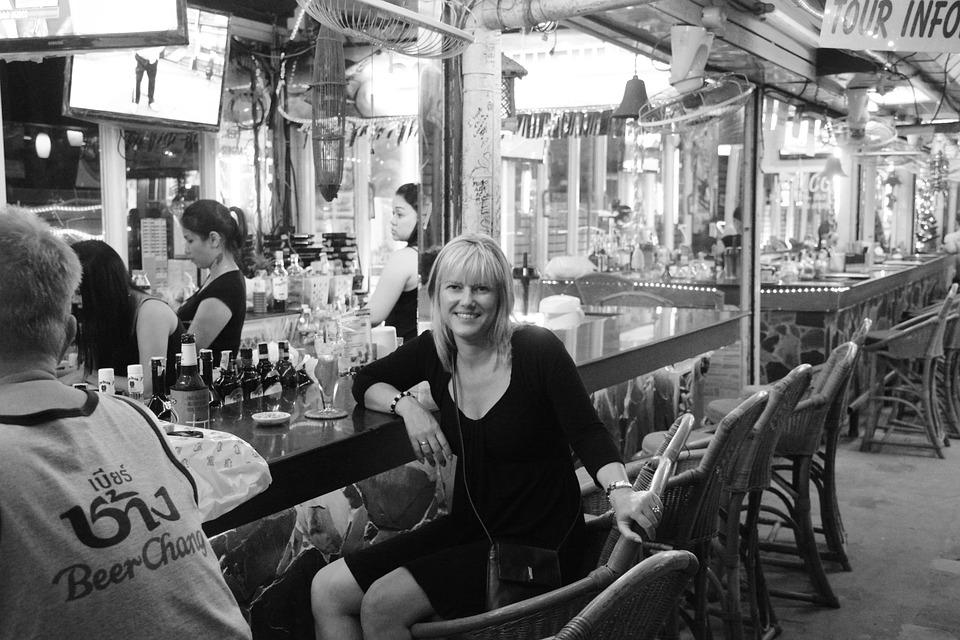 Girl, Person, Bar, Woman Smile, Beauty Girl, Drink, Pub