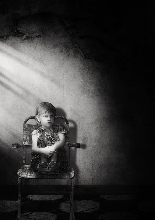 Girl, Space, Chair, Lighting, Emotion, Child, Lonely