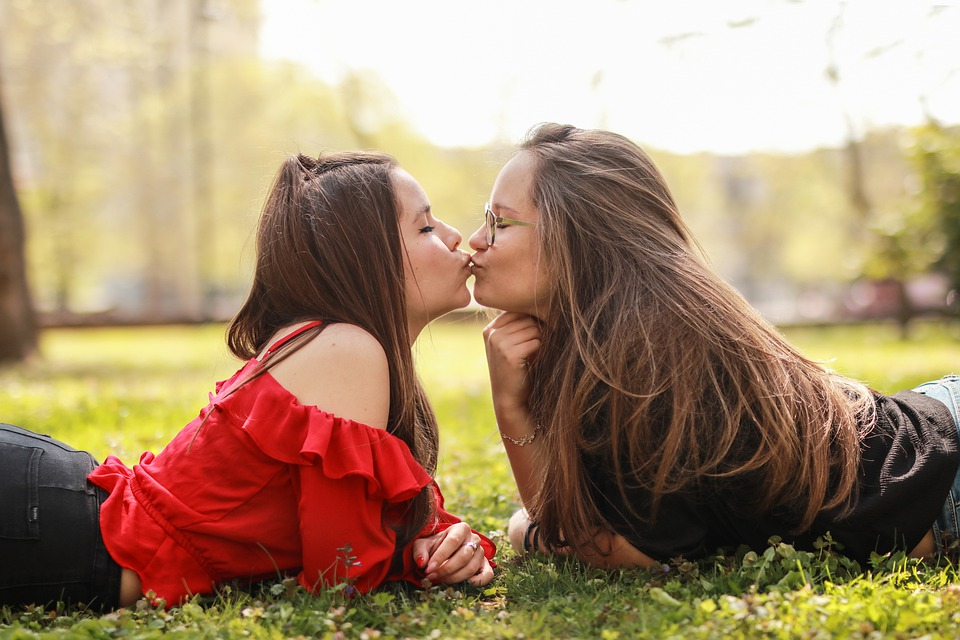 Girls, Kissing, Couple, Kiss, Girls In The Park