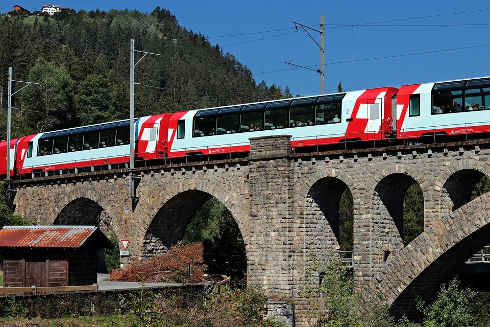 Glacier Express, Switzerland, Graubünden, Alpine