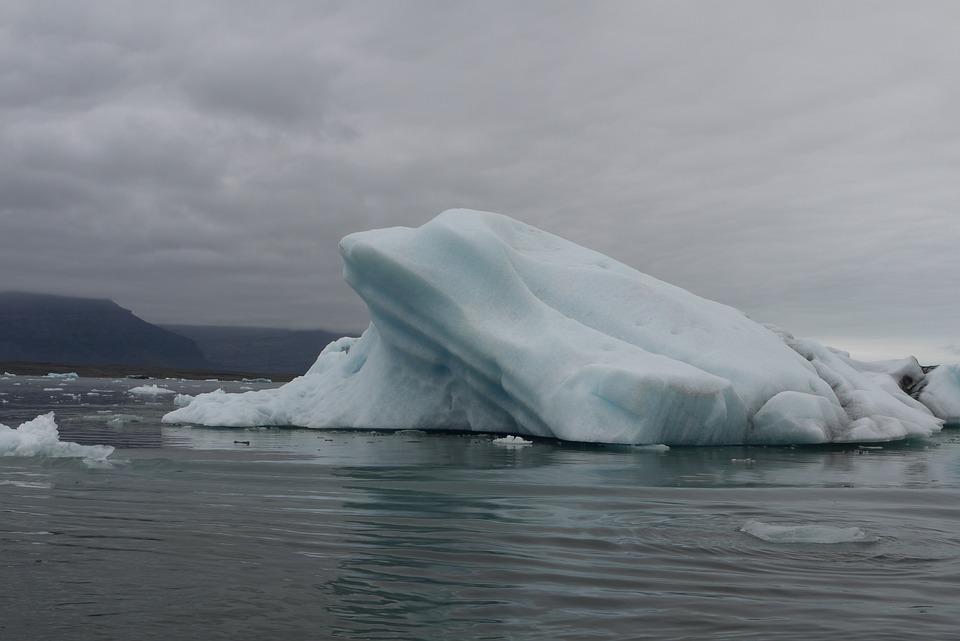 Iceland, Glacier Lagoon, Iceberg
