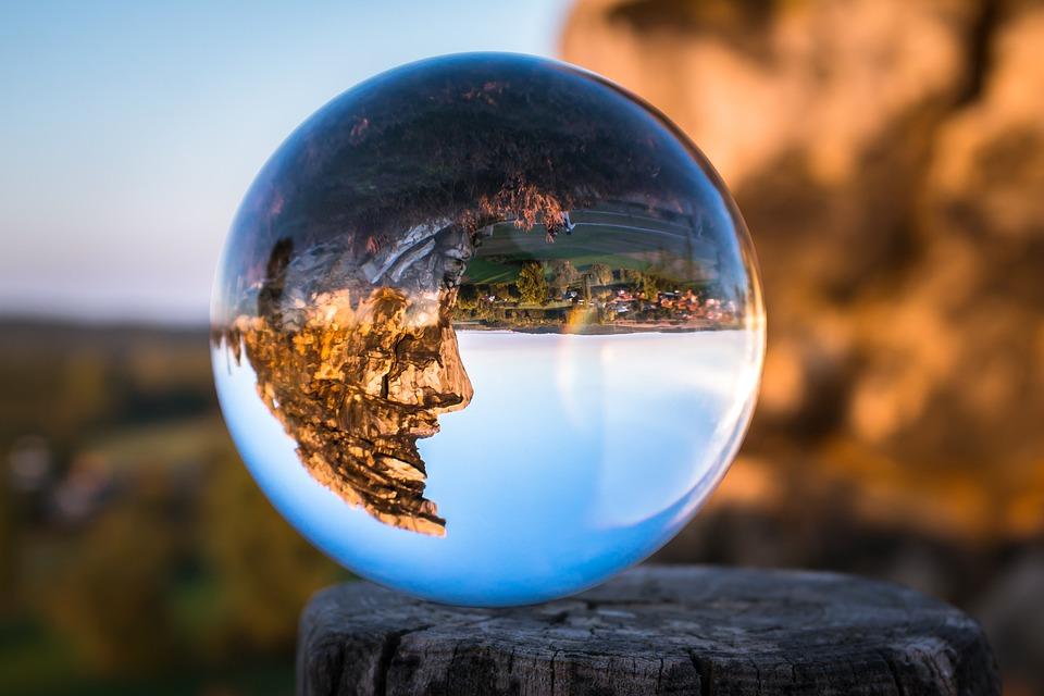Glass Ball, Devil's Wall, Face, Rock Face, Resin
