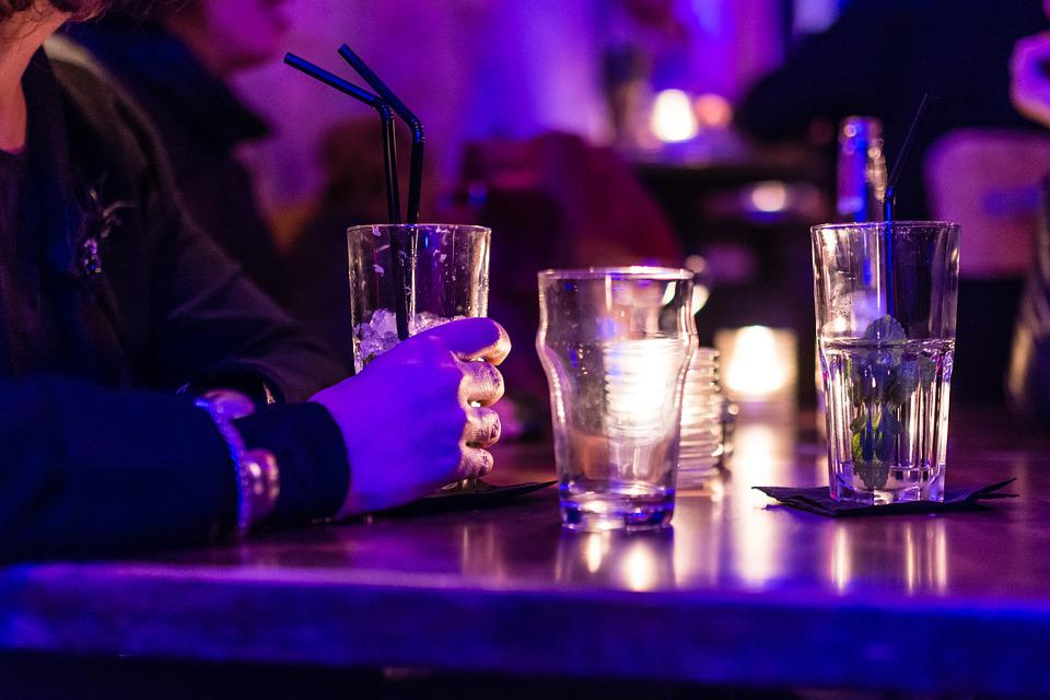 Table, Cocktail, Glass, Bar, Drink, Alcohol, Beverage