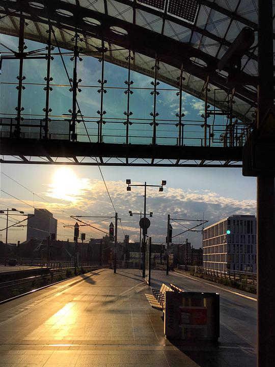 Central Station, Berlin, Glass Facade, Germany