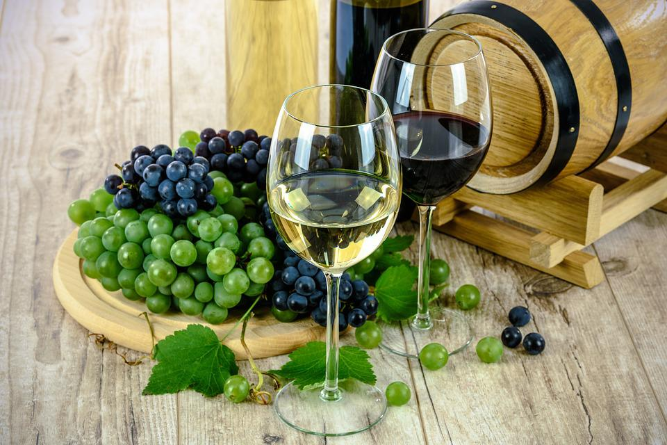 Wine, Glass, White, Grapes, Drinks, Alcohol, Barrel
