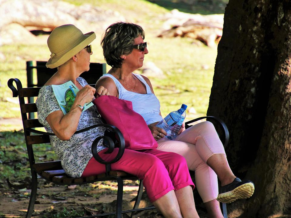 Two, Para, Old, Senior, Sit, Woman, Glasses, Hat