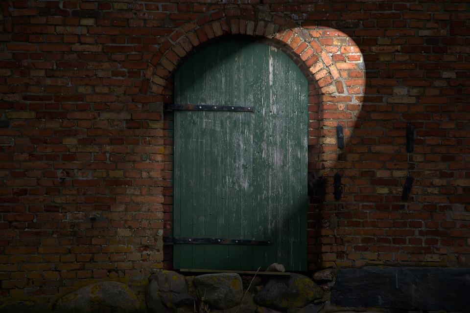 Barn, Door, Memory, Goal, Wall, Input, Bolt, Masonry