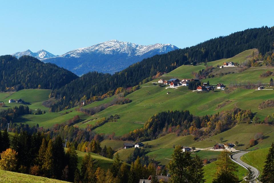 Villnösstal, South Tyrol, Dolomites, Golden Autumn